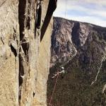 La jeune américaine Selah Schneiter a escaladé El Capitan, l'une des plus hautes falaises du monde située en Californie, dans le parc national de Yosemite.