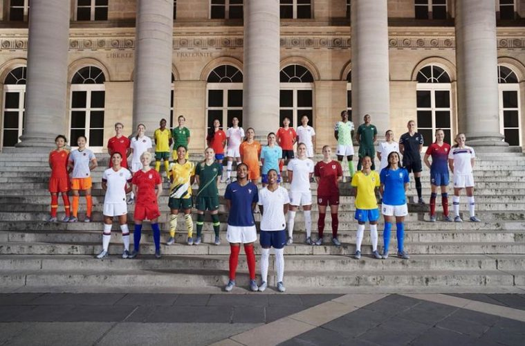 Nike et Adidas embrassent le foot féminin