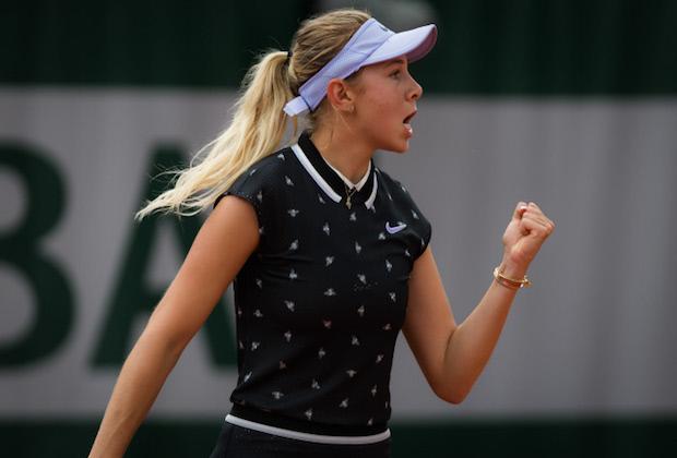 Roland-Garros : Anisimova, 17 ans, fait tomber Halep et fonce en demi-finales