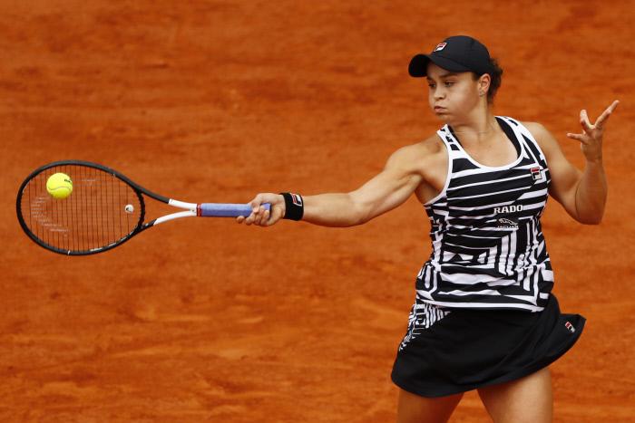 Roland-Garros : Barty vient à bout de la surprise Anisimova et file en finale
