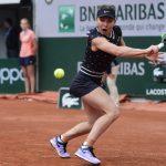 La Roumaine Simona Halep, N.3 mondiale et tenante du titre, s'est aisément qualifiée pour les quarts-de-finale de Roland-Garros en écrasant son adversaire.