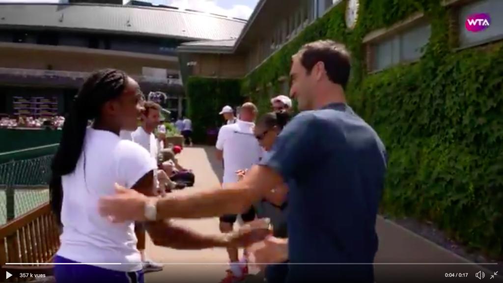 Vidéo – La belle image du jour : quand Cori Gauff, 15 ans, rencontre Roger Federer