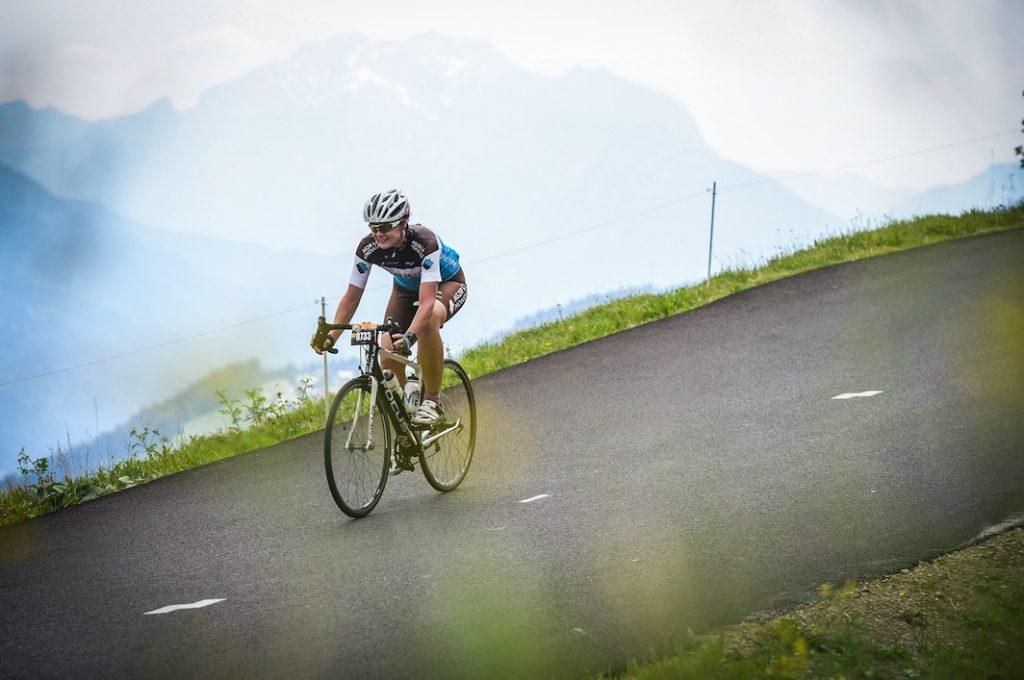Catherine Darribere-Pleyt a participé à L'Étape du Tour, une cyclosportive qui permet de vivre une étape du Tour de France comme un coureur pro. Témoignage.