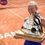 La Française Fiona Ferro (22 ans) a remporté dimanche le premier titre de sa jeune carrière en s'imposant en finale du tournoi WTA de Lausanne (Suisse).