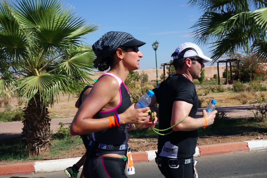 Mériam, déficiente visuelle, participe à l'Ironman de Marrakech : sa course en photos