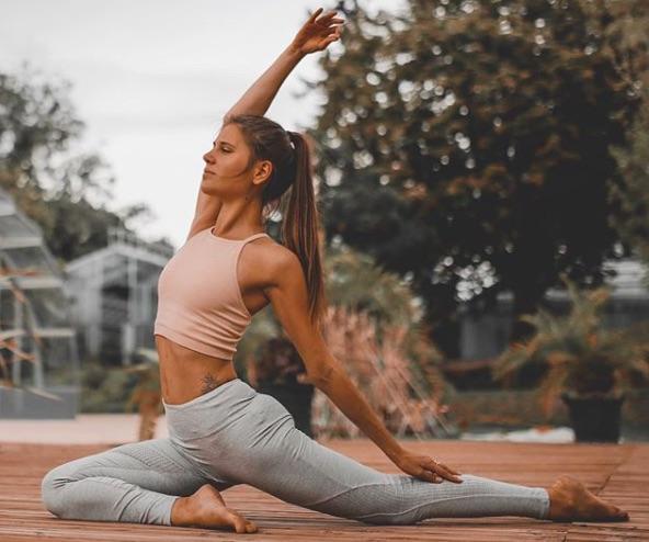 Influence Instagram – Anais et sa vie de yogi !