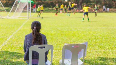 Football : l'UEFA s'engage pour le droit des femmes à venir aux stades