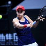 L'Australienne Ashleigh Barty, N.1 mondiale, s'est qualifiée ce jeudi pour les demi-finales du Masters 2019 de Shenzhen en battant la Tchèque Petra Kvitova.