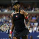 La star du tennis féminin, Naomi Osaka, qui vivait avec la double nationalité américaine et japonaise, a décidé de privilégier la nationalité japonaise.