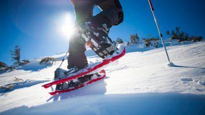 Non, la randonnée à raquettes n'est pas ringarde… Voici pourquoi il faut s'y mettre cet hiver !