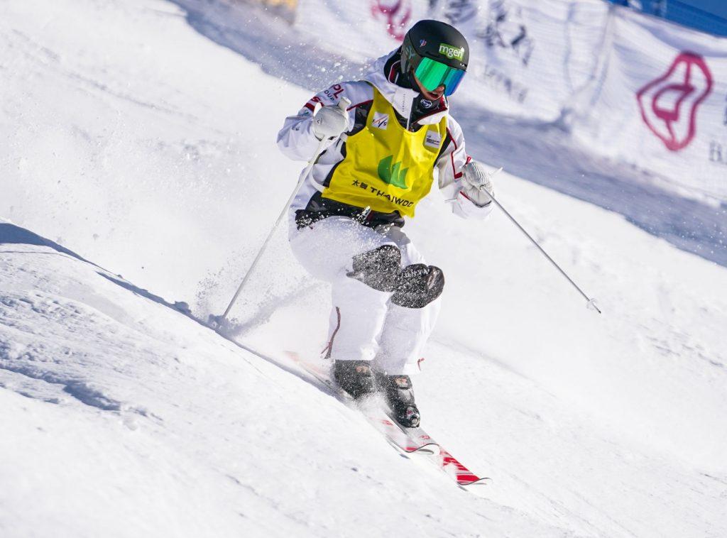 Ski de bosses : trois sur trois pour Perrine Laffont !