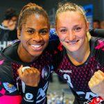 Le Brest Bretagne Handball fait la promotion du sport de haut-niveau féminin pour inciter à la pratique, avec sa campagne « Bousculons les clichés ».