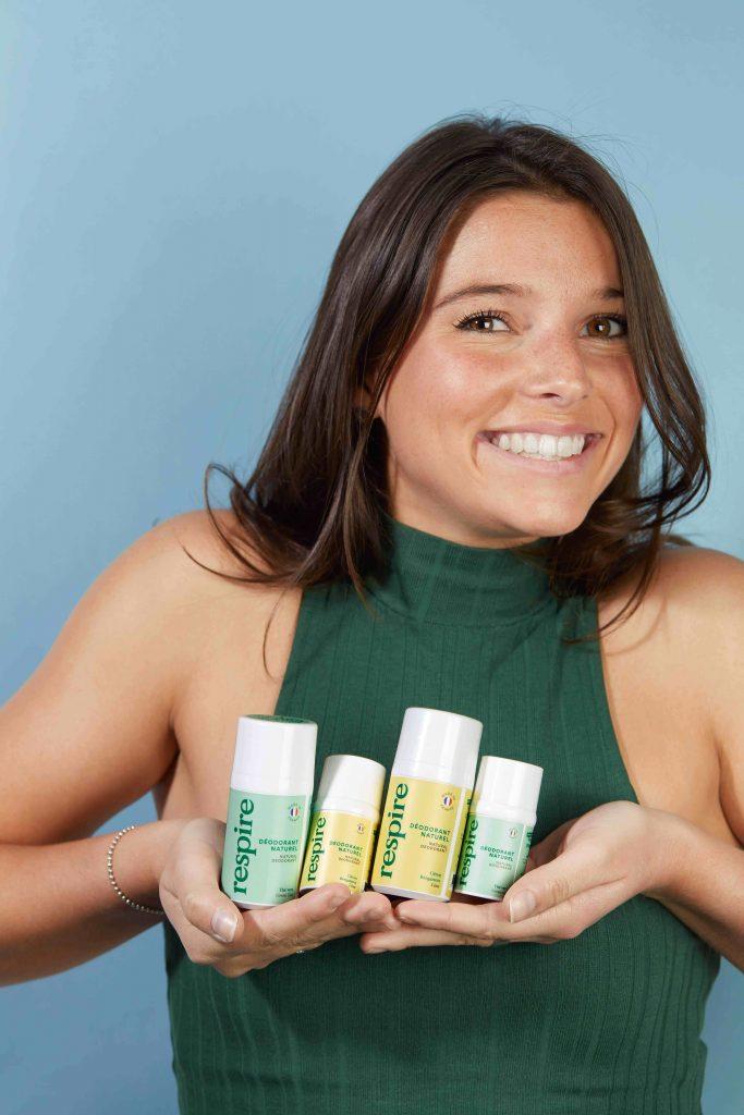 Rencontre avec Justine Hutteau, la patronne des cosmétiques naturels Respire, une marque lancée en 2018 avec un déodorant devenu star des réseaux sociaux !