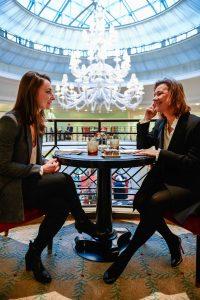 Nouveau concept Women Sports/Sporsora : organiser un échange entre une sportive et une dirigeante. Se sont prêtées au jeu Gaëtane Thiney et Agnès Hussherr.