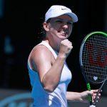 La Roumaine Simona Halep s'est aisément qualifiée pour les demi-finales de l'Open d'Australie (AO 2020) mercredi, à Melbourne, en battant Anett Kontaveit.