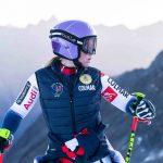 Tessa Worley a accepté de laisser de côté la compétition pendant quelques minutes pour se livre en toute intimité sur ses 2 passions : le ski & la montagne.
