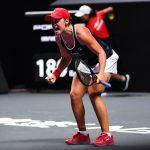 L'Australienne Ashleigh Barty, actuelle N.1 du tennis mondial féminin, a remporté ce samedi, dans son pays natal, le tournoi WTA d'Adélaïde.