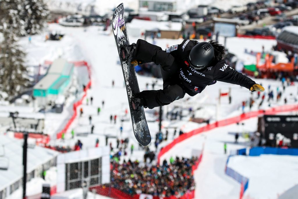 Snowboard freestyle : Xuetong Cai s'empare du globe en halfpipe !