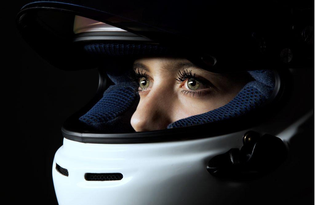 [Vidéo WS]Interview-selfie exclusive d'Angélina Favario, 17 ans, pilote de Formule 4