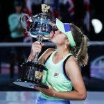 L'Américaine Sofia Kenin a remporté l'Open d'Australie (AO 2020) ce samedi. De passage en conférence de presse, elle revient sur cette belle victoire.