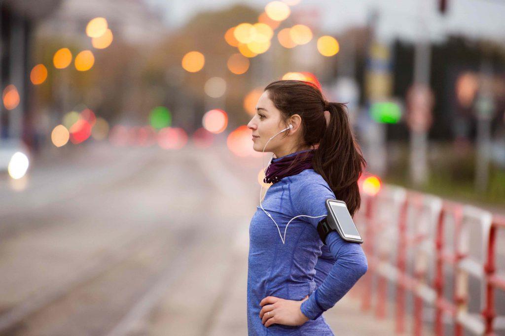Coronavirus : attention, votre footing ne doit pas dépasser les 2 km autour du domicile !