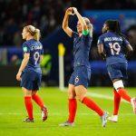 La FFF a annoncé dimanche 29 mars 2020 avoir dépassé le cap des 200.000 licences féminines, 50 ans jour pour jour après la reconnaissance du foot féminin.
