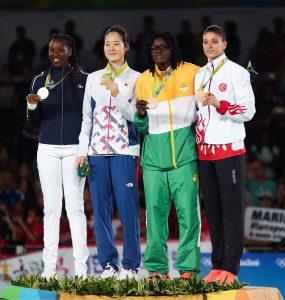 Caster Semenya, Habiba Ghribi, Ruth Gbagbi, Tirunesh Dibaba, Sista Rocket... Découvrez 10 championnes qui ont marqué l'histoire du sport africain.