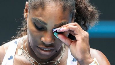 Serena Williams remporte dans la douleur son premier match post-Covid