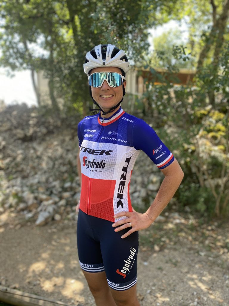 La nouvelle championne de France de cyclisme sur route, Audrey Cordon-Ragot, nous raconte son histoire et sa vision du cyclisme féminin.