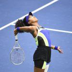 Sacrée à l'US Open 2020 samedi, la Japonaise Naomi Osaka prend 6 places pour s'installer sur le podium du classement WTA ce lundi, derrière l'Australienne Ashleigh Barty (N°1) et la Roumaine Simona Halep (N°2), toutes deux inchangées.