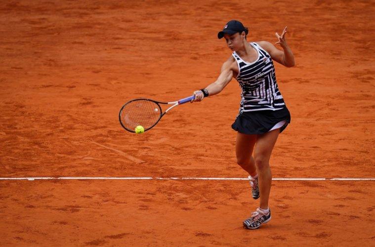 Covid-19 : Ashleigh Barty renonce à disputer Roland-Garros…
