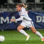Les Lyonnaises, qui n'avaient pas cédé le moindre point avant les deux rassemblements de rentrée de l'équipe de France (deux victoires contre la Serbie 2-0 et la Macédoine 7-0), ont continué sur leur lancée ce week-end, face à Bordeaux. Découvrez tous les résultats de la 3e journée (J3) de D1 Arkema, le championnat national féminin de football.