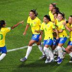 Les footballeuses de l'équipe nationale du Brésil vont désormais être payées à la même hauteur que leurs homologues masculins.