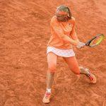 La N.8 mondiale Kiki Bertens est venue à bout de l'Italienne Sara Errani après plus de trois heures de combat (7-6 (7/5), 3-6, 9-7) mercredi, au 2e tour du tournoi de Roland-Garros 2020.
