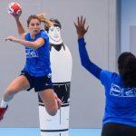 La France a parfaitement négocié son premier match amical de la saison ce jeudi face aux joueuses du Monténégro (29-13). Les handballeuses françaises iront défier la Norvège et le Danemark ce week-end.