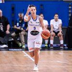 Après un report dû à la Covid-19, les premiers matchs de la Ligue féminine de basketball (LFB) se sont tenus ce week-end et le Basket Landes de Céline Dumerc s'en est sorti par un succès !