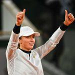 Ce jeudi, la Polonaise Iga Swiatek n'a fait qu'une bouchée de l'Argentine Nadia Podoroska en demi-finale du tournoi de Roland-Garros 2020.