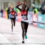 La Kényane Peres Jepchirchir a remporté les 24es Championnats du monde de semi-marathon qui se sont déroulés samedi à Gdynia, en Pologne.