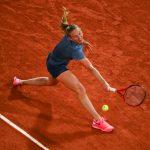La Française Fiona Ferro (49e joueuse mondiale) s'est inclinée en 8emes de finale du tournoi de Roland-Garros 2020 ce lundi face à l'Américaine Sofia Kenin (N°6) en trois sets 2-6, 6-2, 6-1.
