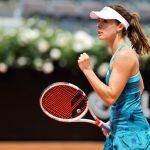 La championne française de tennis Alizé Cornet publie « Sans compromis », aux Editions Amphora. Un livre « à l'image de ma vie : millimétré et chaotique à la fois ».