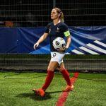 Eugénie Le Sommer (31 ans) poursuit sa belle évolution dans le monde du football en devant secrétaire générale de l'UNFP.