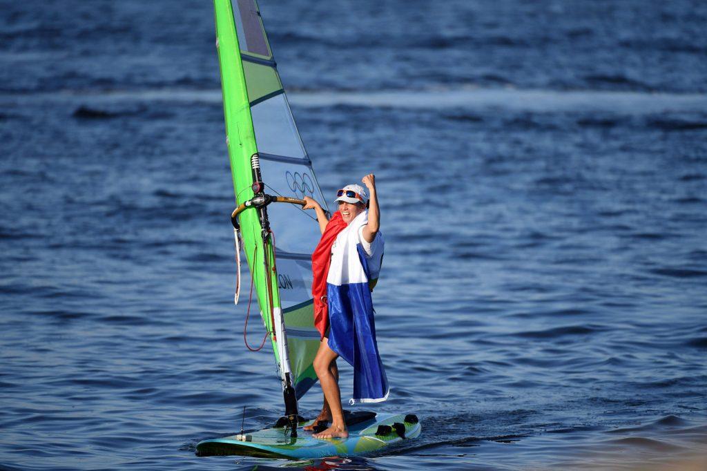 Planche à voile : Charline Picon sacrée championne d'Europe