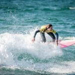 La surfeuse française Justine Dupont a dompté une vague géante, jeudi dernier à Nazaré, au Portugal.