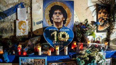 Football : une joueuse de D3 espagnole tourne le dos à Maradona