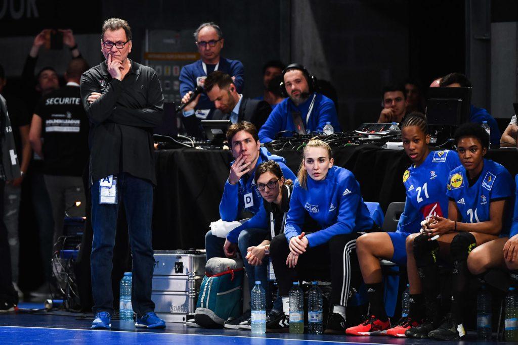 Handball – Le sélectionneur des Bleues Olivier Krumbholz promu au rang de chevalier de l'Ordre du mérite