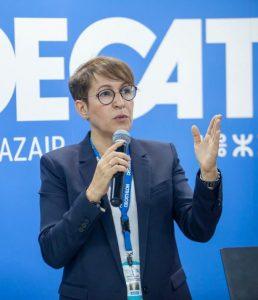 Yasma Desreumaux est la leader pays Decathlon en Algérie. C'est elle qui a implanté l'entreprise française de sport et loisirs dans le pays.