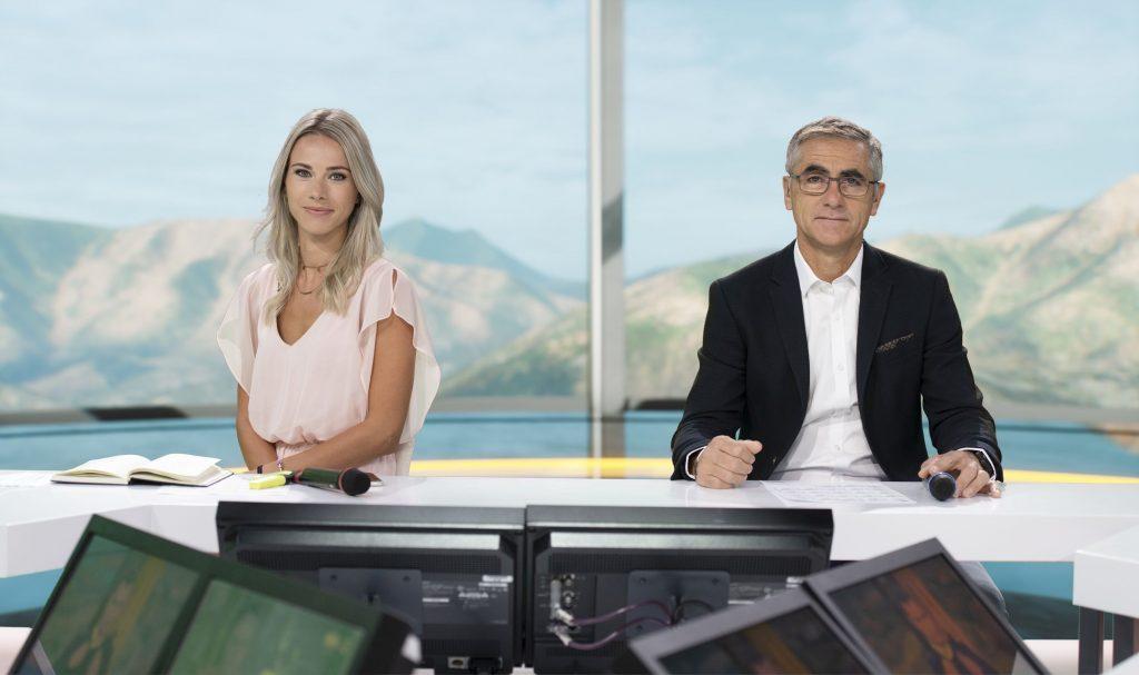 Interview de Marion Rousse (consultante médias) : l'ancienne coureuse pro est devenue la voix féminine du cyclisme masculin à la télévision.
